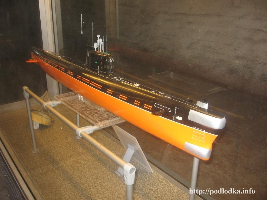 Модель подлодки