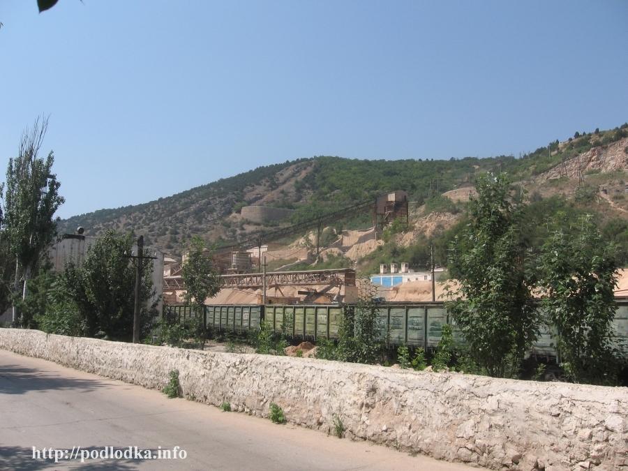 Дорога к музейному комплексу