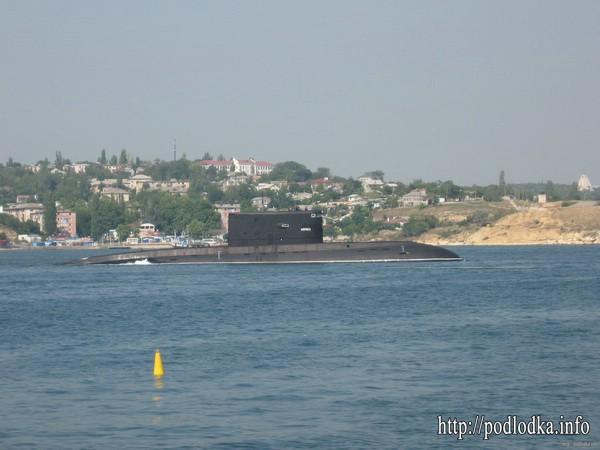 Подводная лодка проекта 877 в Севастополе